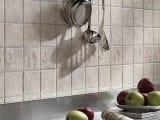 Укладка плитки на кухни с вариантами раскладки