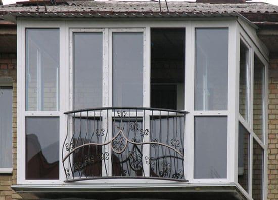 Пример оформления выносного балкона
