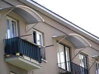 Навесная крыша балкона