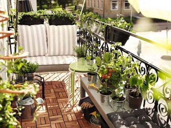 Кованные элементы для оформления балкона