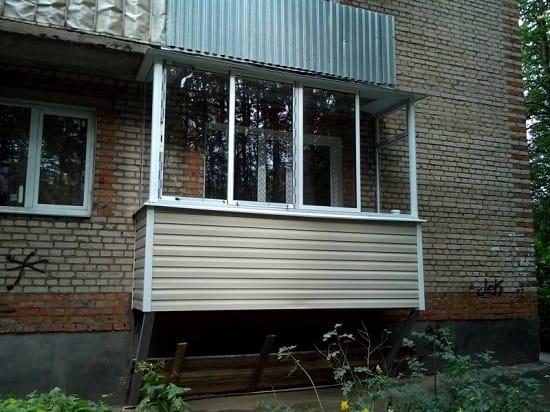 Пристройка балкона на  1 этаже