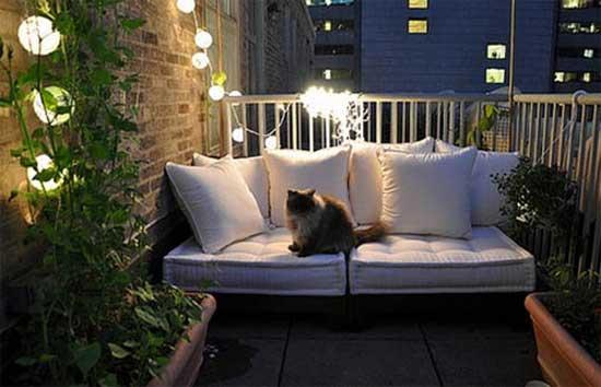 Вариант освещения открытого балкона