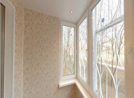 Панели ПВХ для обшивки  балкона