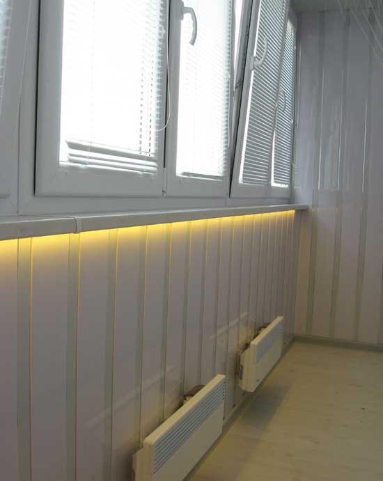 Светодиодная лента в качестве подсветки на балконе