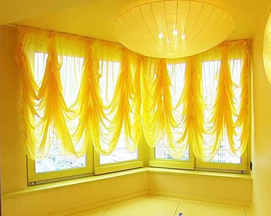 Австрийские шторы для балкона и лоджии