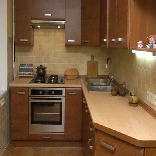 Перенос кухни на лоджию