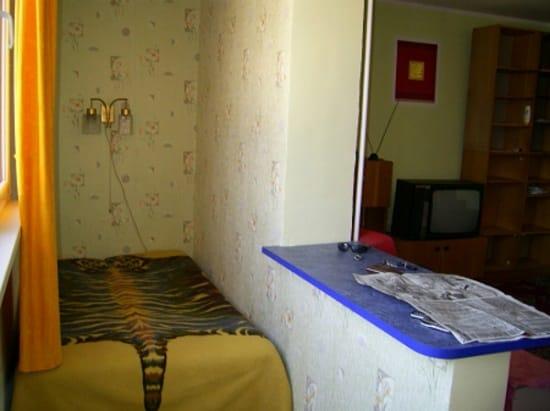Спальное место на маленькой лоджии