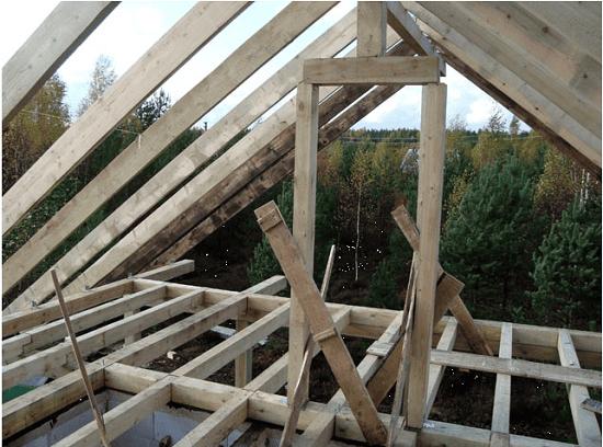 Монтаж деревянного каркаса стропильной системы