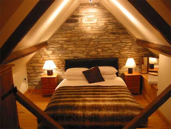 Дизайн спальни с мансардным потолком