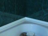 Как выбрать и установить плинтус для ванны