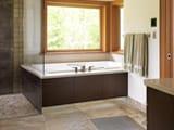 Потолочный и напольный плинтус в ванную и туалет