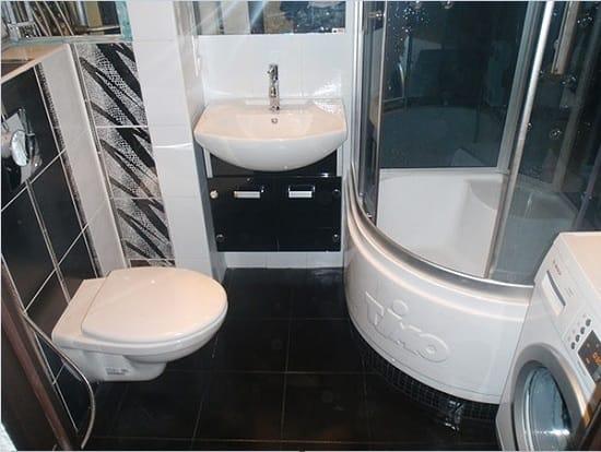 Замена ванны на душевую кабину в санузле