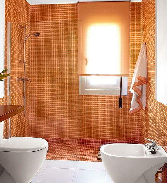 Замена ванной на душевую панель в маленьком санузле