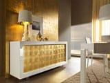 Варианты золотистых обоев в интерьере, фото спален, гостиных, прихожих