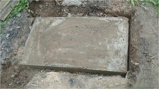 Плита фундамента под мангал в беседку