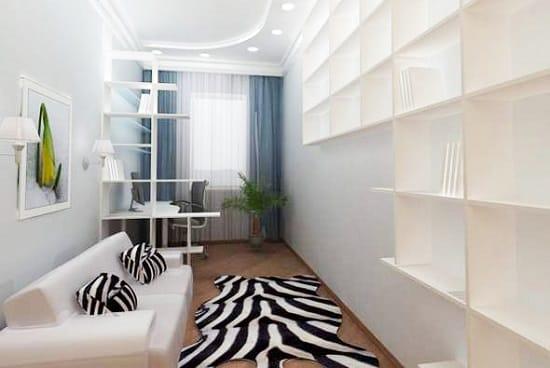Складной диван вместо кровати в маленькой спальне