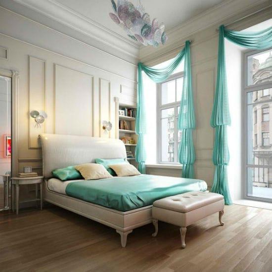 Классическая спальня в бело-зеленых цветах оформления