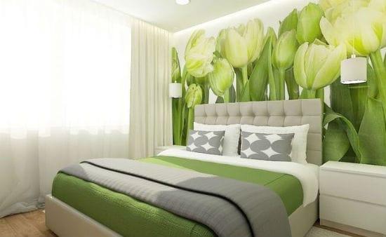 Фотообои с растительным принтом зеленого цвета в спальне