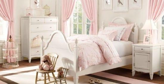 Нежная спальня девочки в бело-розовых тонах
