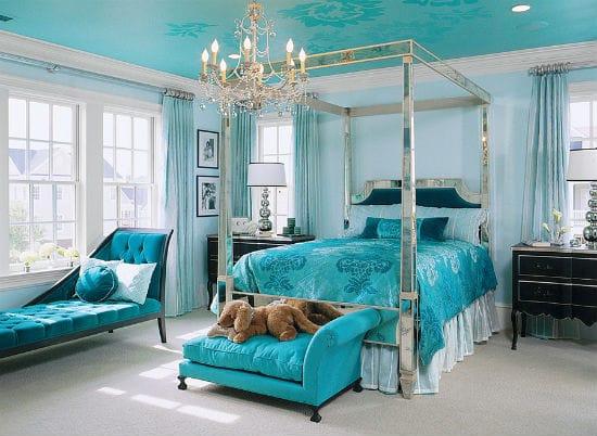 Дизайн спальни с использованием нескольких оттенков бирюзового цвета