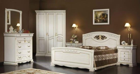 Белая мебель из шпонированного МДФ в спальне