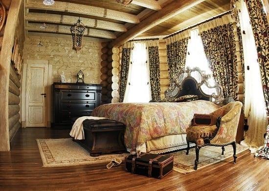 Пример расположения  мебели в спальне с несколькими окнами