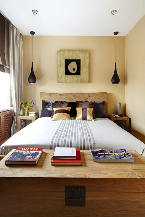Компактные потолочные люстры оригинального дизайна в освещении  спальни