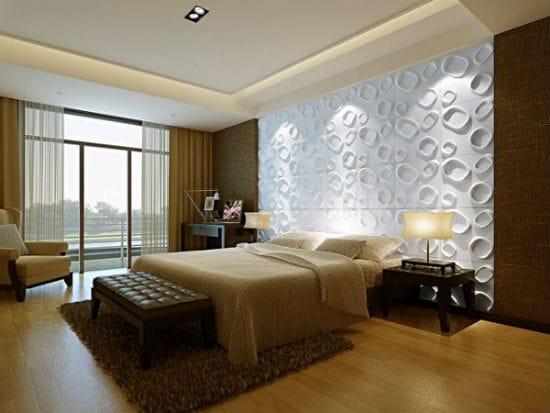 Идея оформления стены спальни объемными гипсовыми панелями
