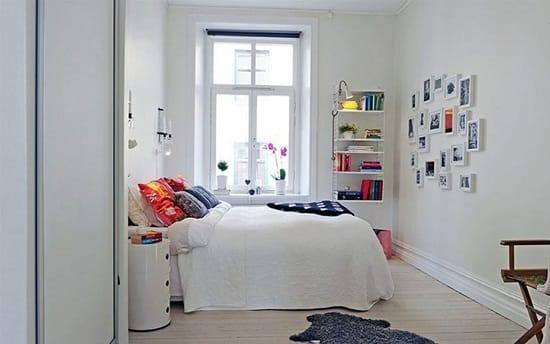 Украшение стен картинами после ремонта  спальни в скандинавском стиле