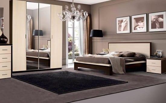Светлая мебель из беленого дуба в интерьере спальни