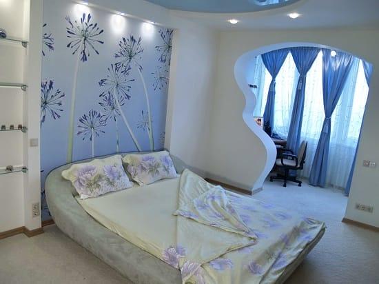 Фотообои по фэн-шуй с изображением цветов для спальни